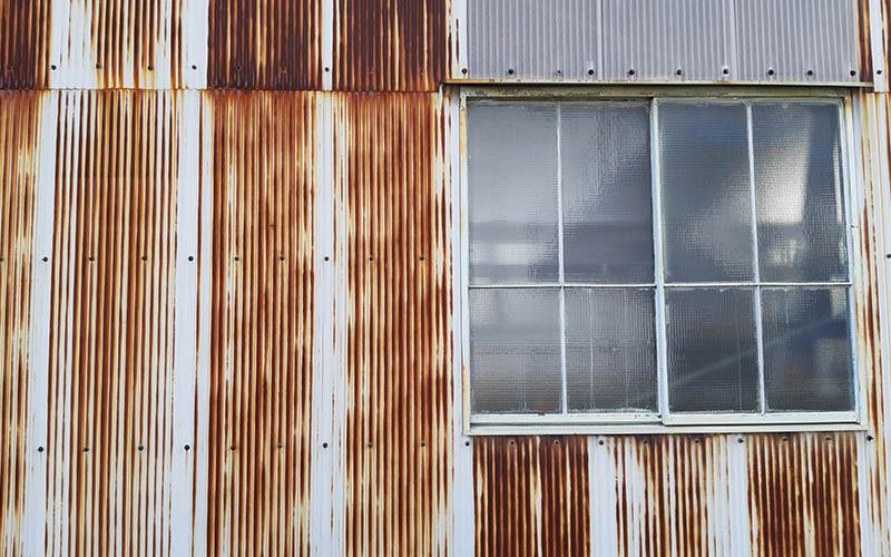 建物鉄部のサビ