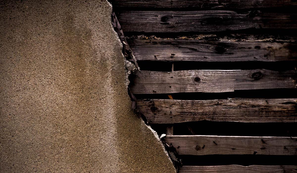 雨漏りによる木造住宅の腐食